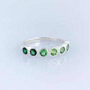 Green Lucky Seven Stone Ombre Ring